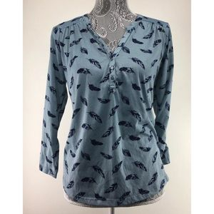 H&M M Blue Feather Print Blouse Top Henley